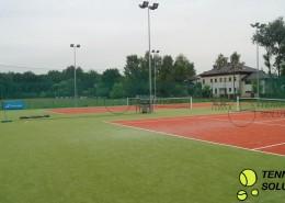Sztuczna trawa na korty tenisowe