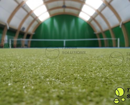 Sztuczna trawa na kort tenisowy