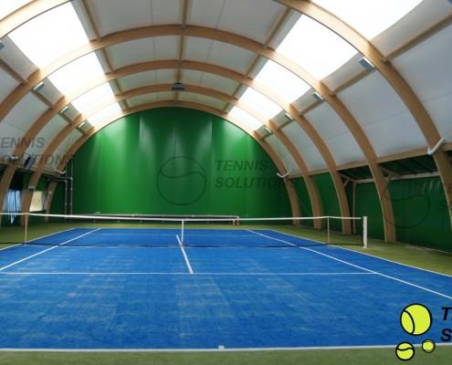 Namiotowa hala tenisowa z drewna