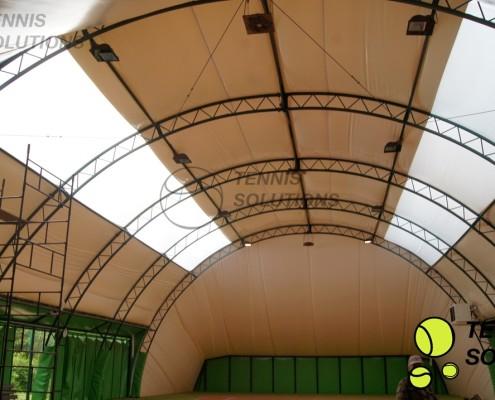 Nowa membrana na hali tenisowej Politechniki poznańskiej