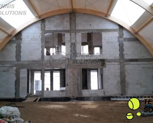 Łączenie hali z budynkiem zaplecza socjalnego